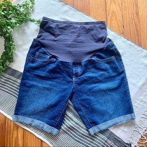 Old Navy Maternity Bermuda Jean Shorts Full Panel